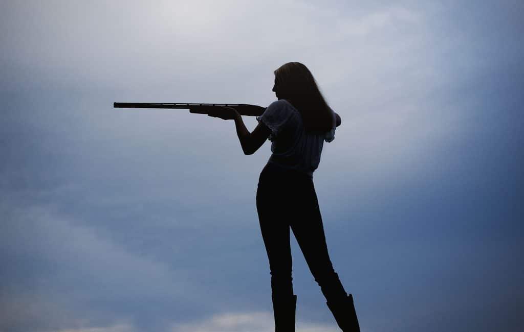 Senior Picture Ideas | Shooting Range | Elizabeth Class of 2017
