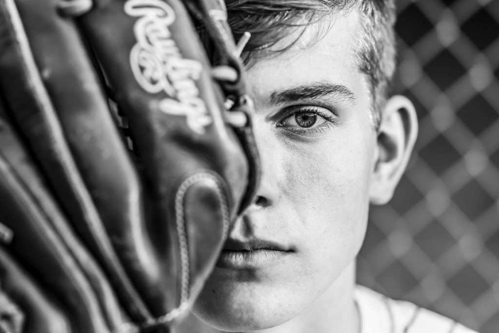 baseball glove senior photos